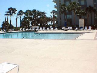 Shorewood 130 - Oceanside Condo-Great Value - Hilton Head vacation rentals