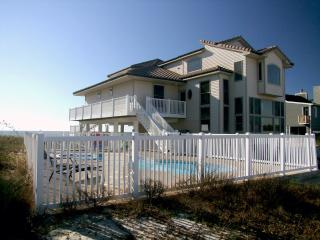 Beachfront private pool/spa & elevator 5,000 sq ft, St George Island