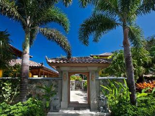 Golden Pavilion at Little Bay, Tortola - Ocean View, Gated Community, Pool, Road Town