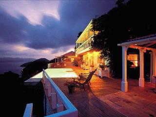 Toa-Toa House at Havers Hill, Tortola - Ocean View, Amazing Sunset View, Pool, Road Town