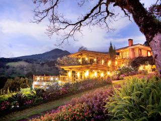 Mountain Retreat near San Jose Airport, Santo Domingo de Heredia