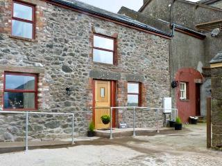 SURPRISE VIEW , pet friendly, character holiday cottage, with open fire in Ravenglass, Ref 10189