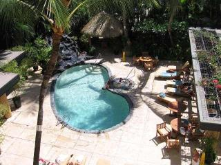 Waikiki at the Beautiful Bamboo, Pool-Jacuzzi-Spa - Waikiki vacation rentals