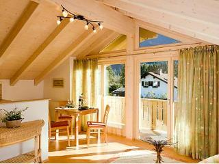 LLAG Luxury Vacation Apartment in Garmisch-Partenkirchen - 689 sqft, spacious, bright, central (# 1848) - Bavarian Alps vacation rentals