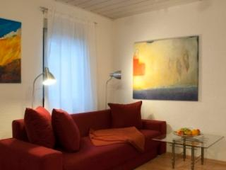 Vacation Apartment in Wiesbaden - comfortable, central (# 1812)