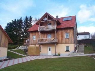 Vacation Apartment in Eschenbach in der Oberpfalz - 484 sqft, completely furnished, quiet location (#… - Wolframs-Eschenbach vacation rentals
