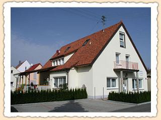 Vacation Apartment in Kötz - 592 sqft, Closest accomodation to LEGOLAND Germany. (# 694), Kotz