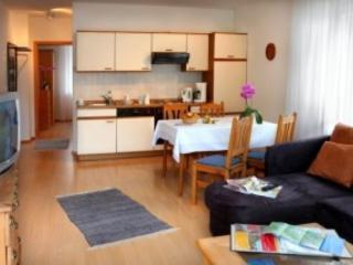 Vacation Apartment in Cochem - 915 sqft, great view, lots of apartments available (# 3010)