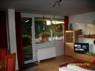 Vacation Apartment in Munich - 667 sqft, nice, quiet, modern (# 1637), Eichenau