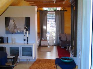 Vacation Apartment in Laer - 549 sqft, beautiful, central, modern (# 1427)