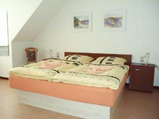 Vacation Apartment in Narsdorf - affordable, rec room (# 711)