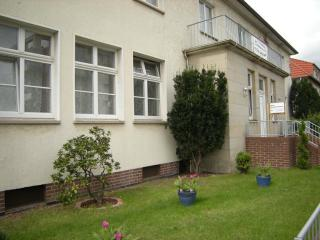 Vacation Apartment in Hannover - 603 sqft, central, nice, convenient (# 1367) - Hannover vacation rentals