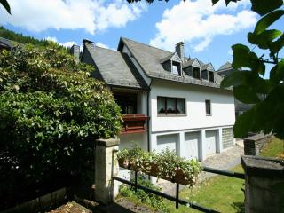 Holiday House in Monschau - spacious, includes sauna, free internet (# 574)