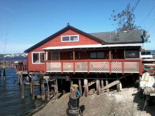 Bay St. Vacation Rental, Port Orchard