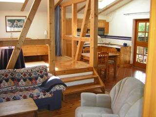 Single Room in Celle - Spanish tiles and wood create a nice atmosphere, nature-like garden (# 637)