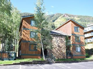 GREAT winter rates for this Convenient Condo in East Vail