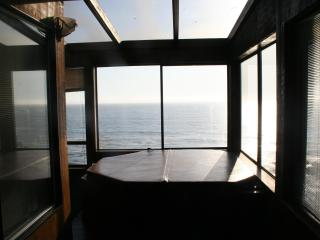 Magnificent Ocean View 4BR overlooking the Pacific, Gualala