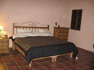 King-bedroom with private entrance