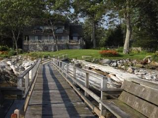 SPRUCE POINT ESTATE | KAYAKING, BOATING, BIKING AND MORE! | SUNNY & BEAUTIFUL | ACTIVE & SERENE | OCEAN-FRONT, Boothbay