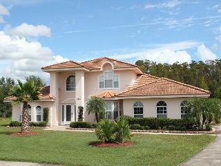 Outstanding Kissimmee vacation home with pool & Spa, off Poinciana Blvd