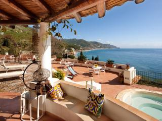 Island Villa in Sicily, Walk to the Water - Villa Spisone - 6, Taormina