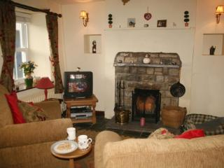 SHEEP FOLD COTTAGE, Sedbergh, South Lakes/Dales Border
