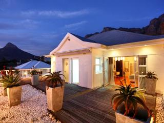 Palm Tree House, Camps Bay