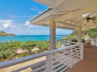 Amazing Estate on the beach for your exclusive enjoyment!, Anahola