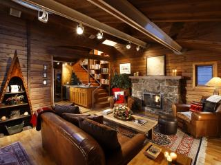 Acclaimed West End home with views of Ajax!, Aspen