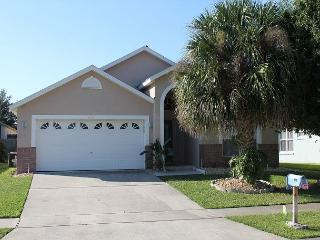 Vacation home with heated pool & Hot Tub in Indian Creek, 3 miles from Disney