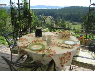 gazebo table set for breakfast