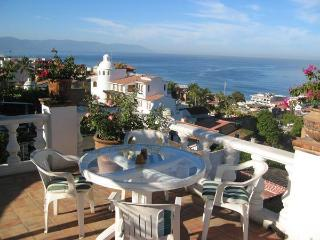 Moorish-style quiet oasis retreat in the old town, Puerto Vallarta