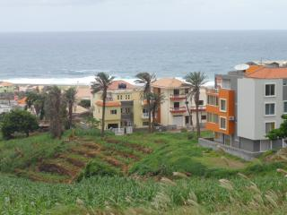 Modern one Bedroom Holiday Home Apartment Sea View, Ribeira Grande