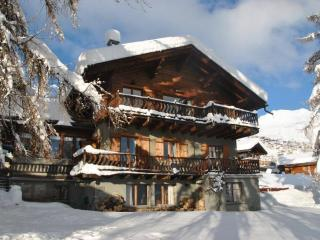 *La Norjeanne, luxury 12 -14 bed chalet, Verbier*