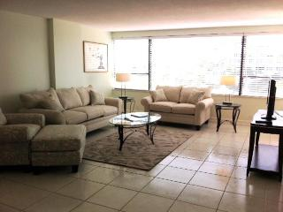 Large 2BR/2BA Oceanfront - Suite 603, Miami Beach