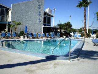 Beautiful Twnhome 253H Madeira Beach Yacht Club