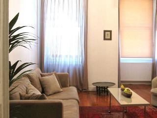 A charming Galata apartment with 3 bedrooms, Istanbul