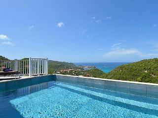 Traditional style villa with sweeping countryside and ocean views WV SVV, Colombier