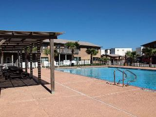 Sea Isle Village 1st floor condo, beach access, views the community pool, Port Aransas