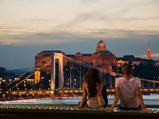 Frida apartment in the heart of the city, free Wifi !, Budapest