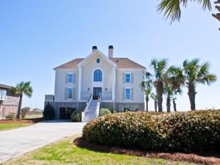 Oceanfront 6 Bd, 4 Ba, Heatable Pool!!, Isle of Palms