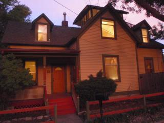 Great 2015 Rates **Old World Charm + Eagles Nest, Colorado Springs