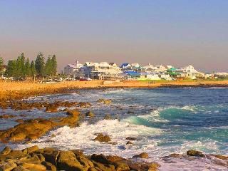 Beachfront Self Catering Penthouse in Mossel Bay - Mossel Bay vacation rentals
