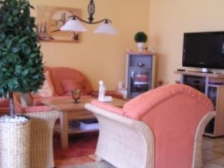 LLAG Luxury Vacation Apartment in Cuxhaven - 861 sqft, near the beach, luxurious (# 2291) - Duhnen vacation rentals