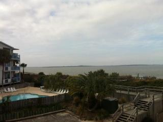 Flipper Watch, Awesome views Great Price on Tybee, Tybee Island
