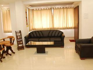 Premium Serviced Apartment in Mumbai. Best Deal - Maharashtra vacation rentals
