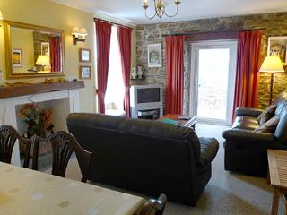 Pet Friendly Holiday Home - Lower Whitegates, Little Haven