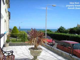 Five Star Pet Friendly Holiday Home - 6 Brookside Villas, Amroth