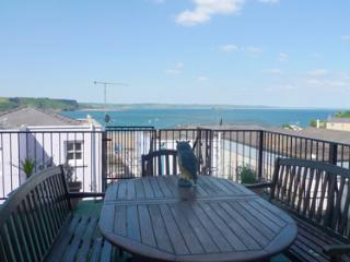 Holiday Home - Brecknock House, Tenby