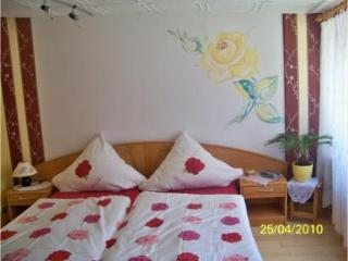 Vacation Apartment in Weinboehla - 323 sqft, quiet, pool, disabled-friendly (# 2321)